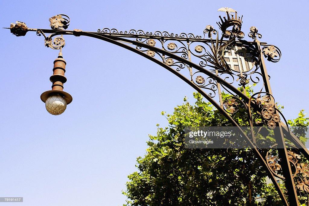 Low angle view of a street light, Barcelona, Spain : Foto de stock