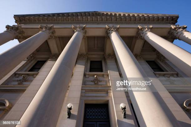 Low angle view of facade of Mississippi State Capitol, Jackson, Mississippi, United States
