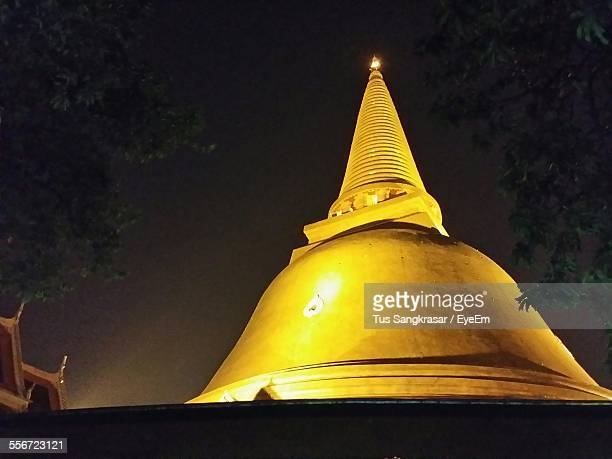 Low Angle View Of Phra Pathom Chedi At Night