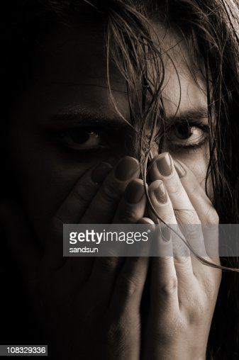Low Key Portrait of Sad Woman Crying : Bildbanksbilder