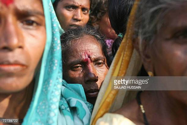 A lowcaste dalit or the oppressed Hindu women wait for a medical treatment at a homage site in Mumbai 06 December 2006 More than 200000 Hindus at the...
