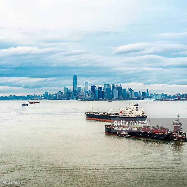 Lower Manhattan and Freedom Tower on a cloudy day