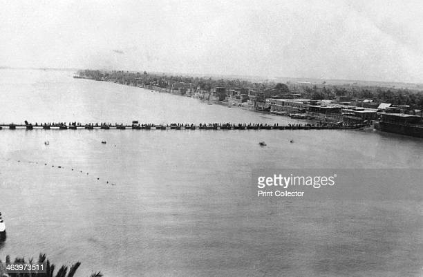 Lower pontoon bridge over the Tigris Baghdad Mesopotamia WWI 1918 Mesopotamia formerly part of the Turkish Ottoman empire was under British military...