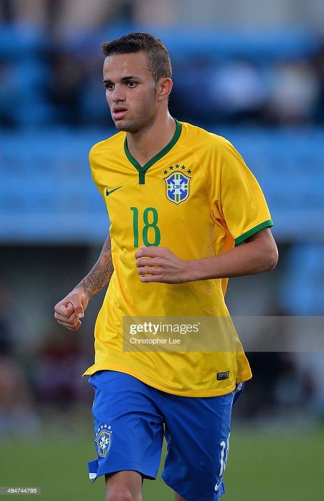 Luan of Brazil during the Toulon Tournament Group B match between Brazil and Qatar at the Leo Legrange Stadium on May 30, 2014 in Toulon, France.