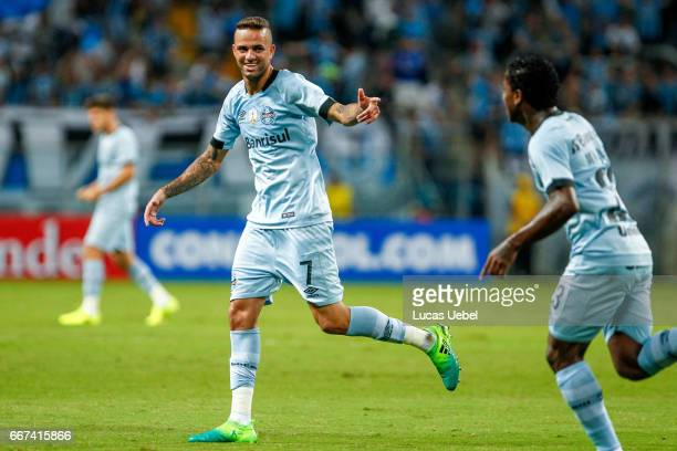 Luan of Gremio celebrates their first goal during the match Gremio v Deportes Iquique as part of Copa Bridgestone Libertadores 2017 at Arena do...