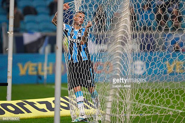 Luan of Gremio during the match Gremio v Santos as part of Brasileirao Series A 2016 at Arena do Gremio on June 03 2015 in Porto Alegre Brazil
