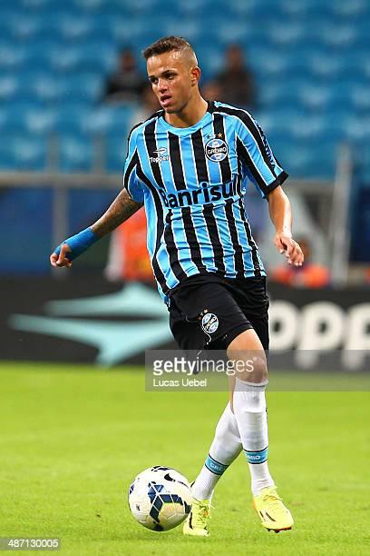 Luan player of Gremio during the match Gremio v Atletico MG as part of Brasileirao Series A 2014 at Arena do Gremio on April 27 2014 in Porto Alegre...