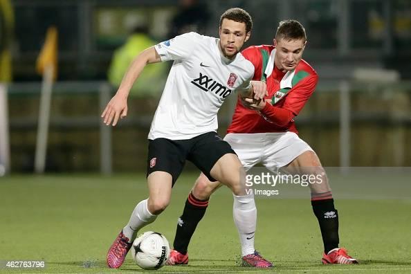Luc Castaignos of FC Twente Aaron Meijers of ADO Den Haag during the Dutch Eredivisie match between ADO Den Haag and FC Twente at Kyocera stadium on...