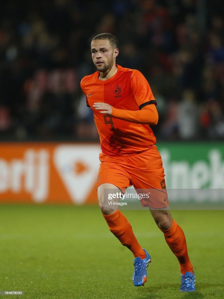 Luc Castaignos of Netherlands U21 during 2015 UEFA European U21 Championships Qualifier match between the Netherlands U21 and Austria U21 at the Adelaarshorst on Oktober 14, 2013 in Deventer, The Netherlands