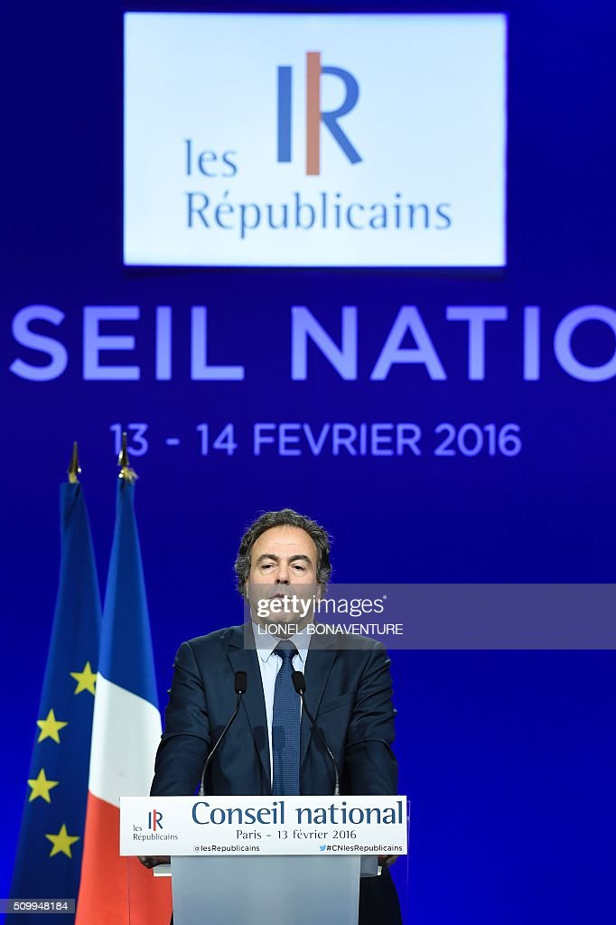 Luc Chatel, special advisor of Les Republicains (LR) right-wing party president, gives a speech during the LR National Council on February 13, 2016 in Paris. AFP PHOTO / LIONEL BONAVENTURE / AFP / LIONEL BONAVENTURE