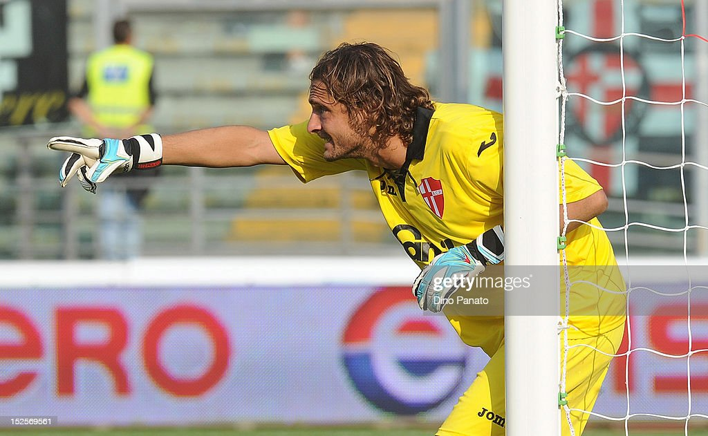 Luca Anania goalkeeper of Padova gestures during the Serie B match between Calcio Padova and Reggina Calcio at Stadio Euganeo on September 22, 2012 in Padova, Italy.