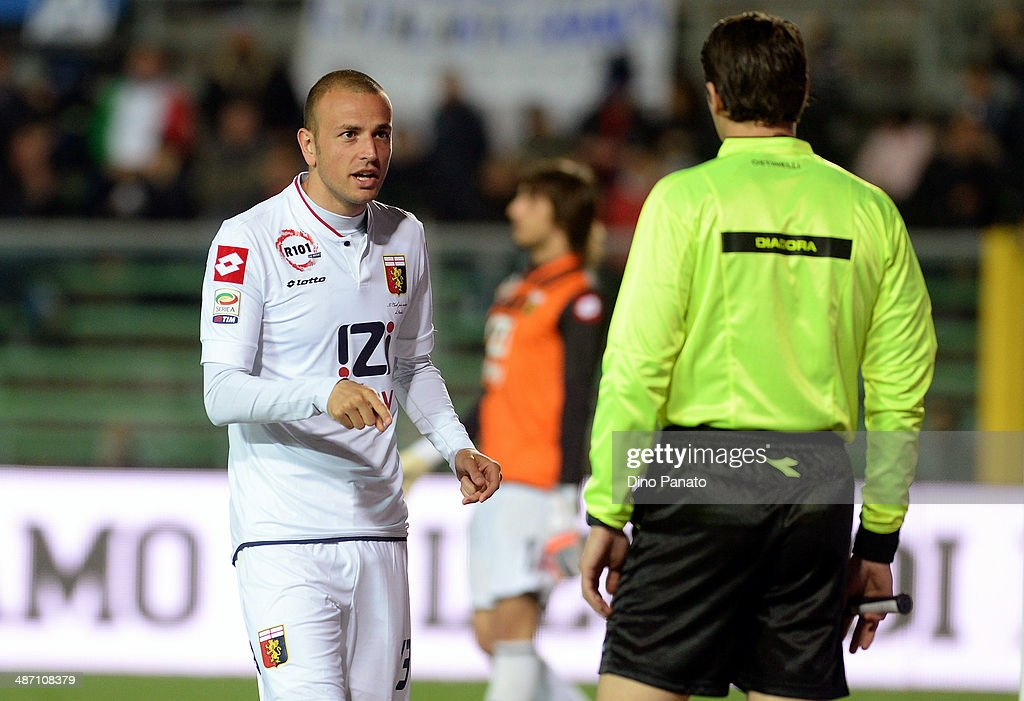 <a gi-track='captionPersonalityLinkClicked' href=/galleries/search?phrase=Luca+Antonelli&family=editorial&specificpeople=5358809 ng-click='$event.stopPropagation()'>Luca Antonelli</a> (L) of Genoa CFC reacts during the Serie A match between Atalanta BC and Genoa CFC at Stadio Atleti Azzurri d'Italia on April 27, 2014 in Bergamo, Italy.