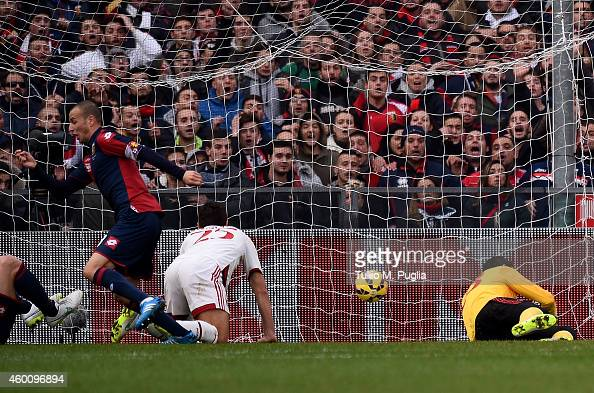 Luca Antonelli of Genoa scores the opening goal during the Serie A match between Genoa CFC and AC Milan at Stadio Luigi Ferraris on December 7 2014...