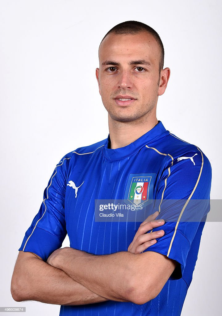 <a gi-track='captionPersonalityLinkClicked' href=/galleries/search?phrase=Luca+Antonelli&family=editorial&specificpeople=5358809 ng-click='$event.stopPropagation()'>Luca Antonelli</a> of Italy poses during the official portrait session at Coverciano on November 10, 2015 in Florence, Italy.