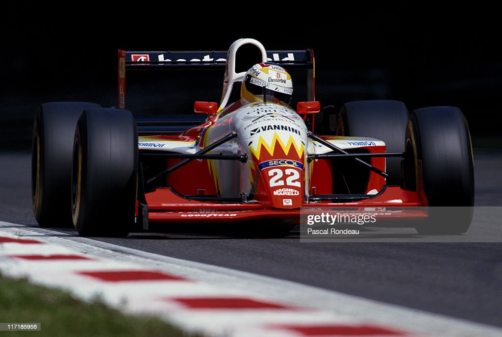 Luca Badoer drives the Lola BMS Scuderia Italia Lola T93/30 Ferrari 3500 during the Italian Grand Prix on 12th September 1993 at the Autodromo...