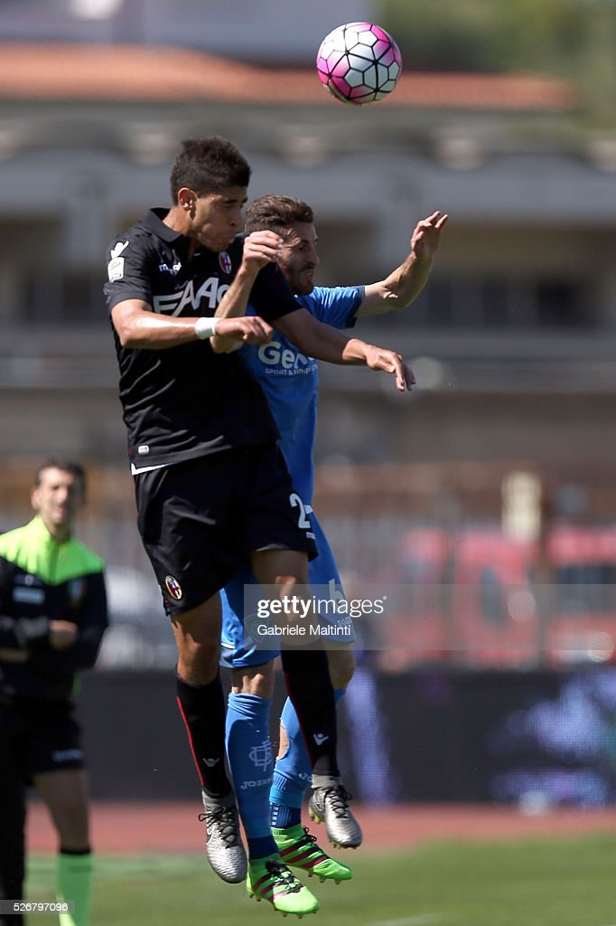 Luca Bittante of Empoli FC battles for the ball with Adam Masina of Bologna Fc during the Serie A match between Empoli FC and Bologna FC at Stadio Carlo Castellani on May 1, 2016 in Empoli, Italy.