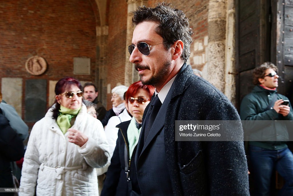 Luca Bizzarri attends the funeral of Singer Enzo Jannacci at Basilica di Sant'Ambrogio on April 2, 2013 in Milan, Italy.