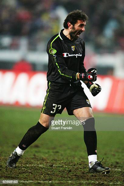 Luca Bucci of Parma celebrates during the UEFA Cup third round match between VfB Stuttgart and FC Parma at The GottliebDaimler Stadium on February 24...