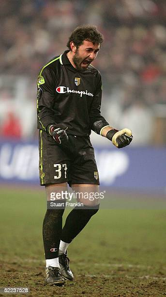 Luca Bucci of Parma celebrates the first goal during The UEFA Cup Round of 32 match between VfB Stuttgart and FC Parma at The GottliebDaimler Stadium...