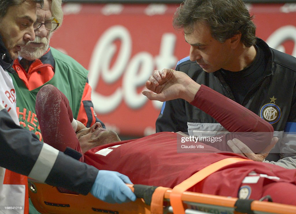 <a gi-track='captionPersonalityLinkClicked' href=/galleries/search?phrase=Luca+Castellazzi&family=editorial&specificpeople=3671673 ng-click='$event.stopPropagation()'>Luca Castellazzi</a> of FC Inter Milan injured during the TIM Cup match between FC Internazionale Milano and Hellas Verona at San Siro Stadium on December 18, 2012 in Milan, Italy.