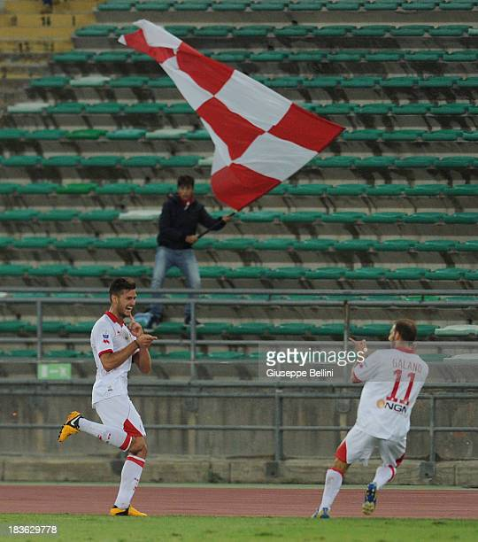 Luca Ceppitelli of Bari celebrates after scoring the goal 20 during the Serie B match between AS Bari and US Citta di Palermo at Stadio San Nicola on...