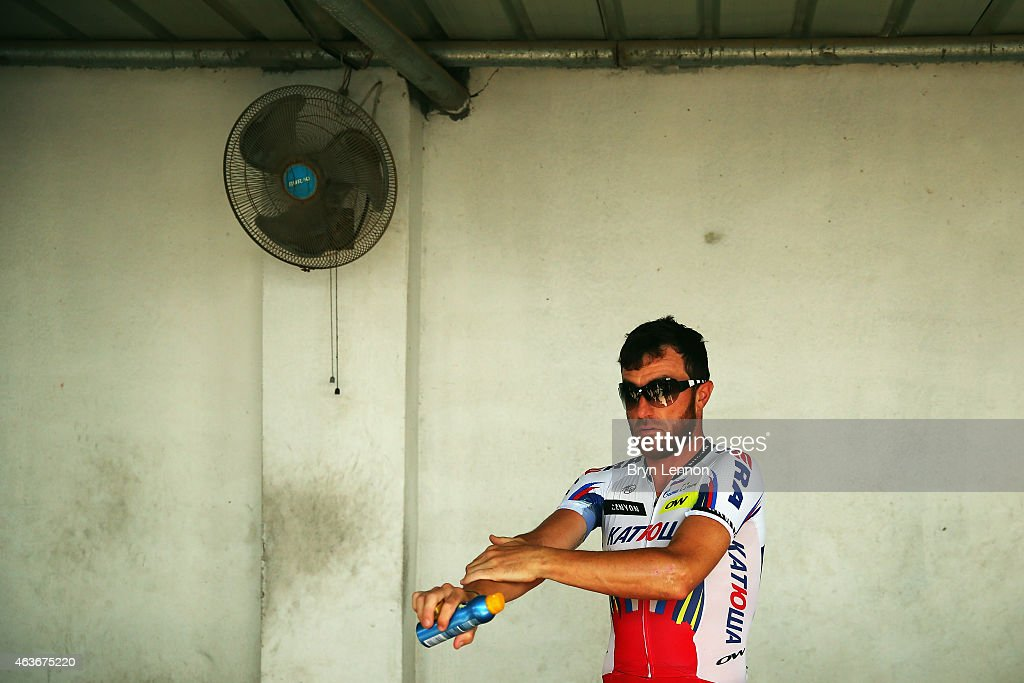 <a gi-track='captionPersonalityLinkClicked' href=/galleries/search?phrase=Luca+Paolini&family=editorial&specificpeople=774515 ng-click='$event.stopPropagation()'>Luca Paolini</a> of Italy and Team Katusha prepares for the start of stage one of the 2015 Tour of Oman, a 161km road stage from Bayt Al Naman Castle to Al Wutayyah on February 17, 2015 in Bayt Al Naman Castle, Oman.