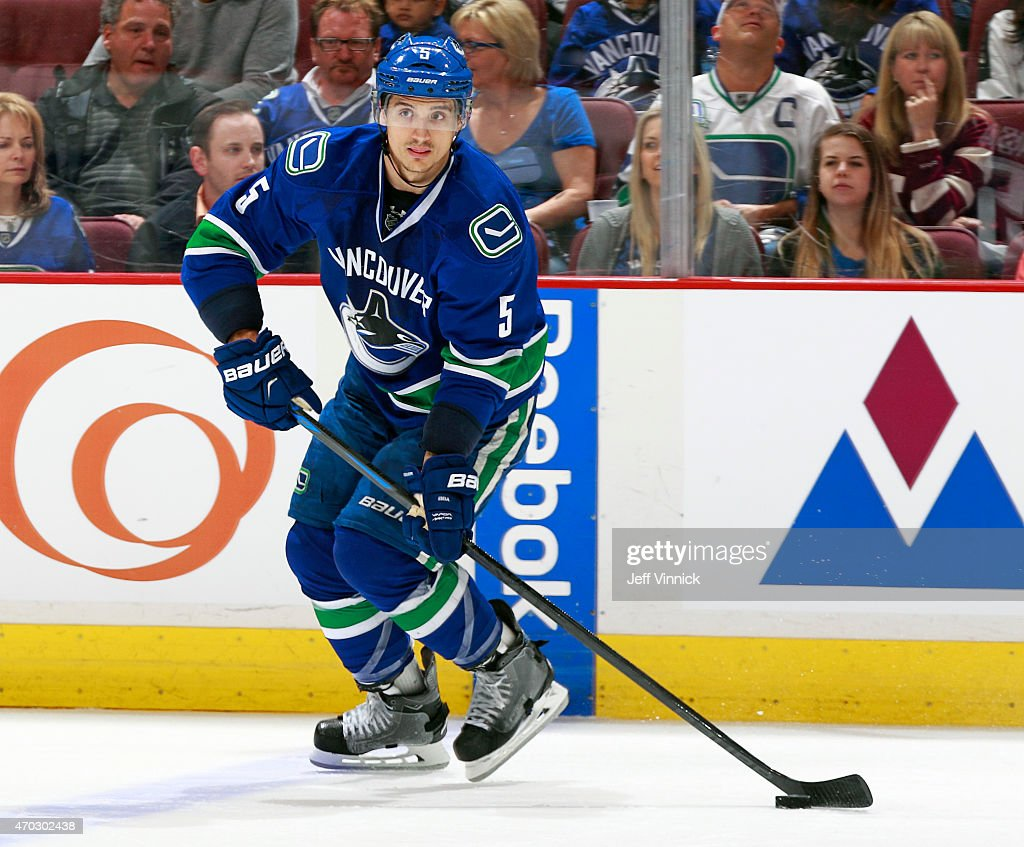Luca Sbisa of the Vancouver Canucks skates up ice during Game Two of the Western Conference Quarterfinals against the Calgary Flames during the 2015...