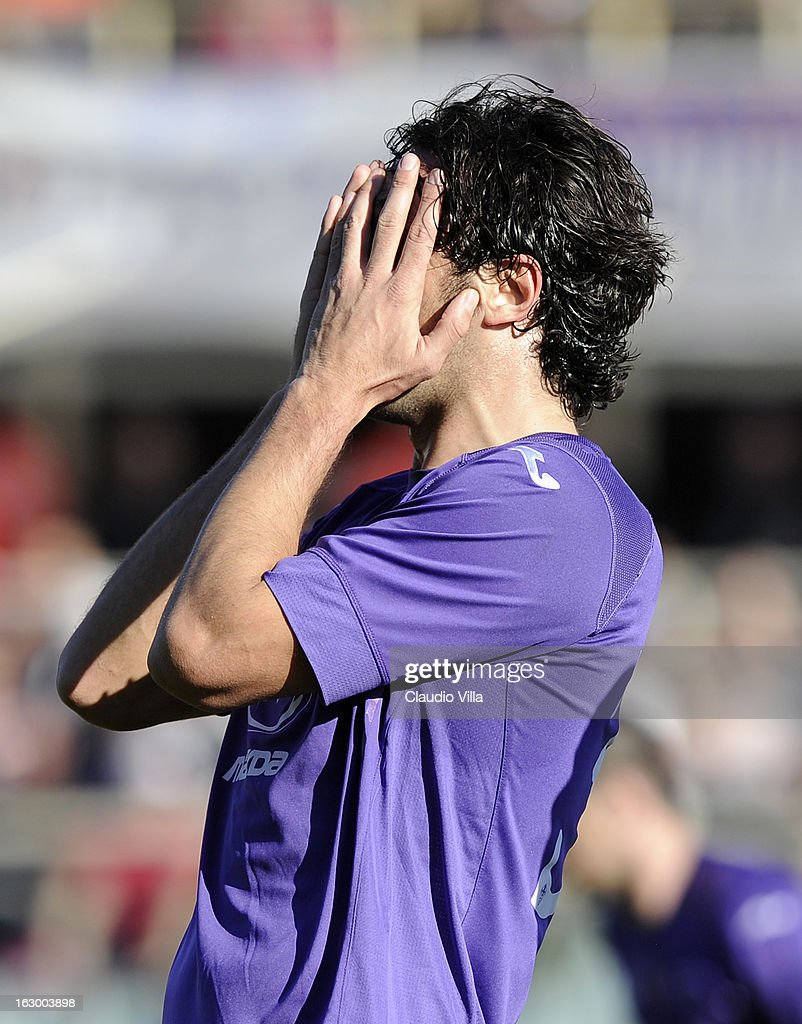 <a gi-track='captionPersonalityLinkClicked' href=/galleries/search?phrase=Luca+Toni&family=editorial&specificpeople=453307 ng-click='$event.stopPropagation()'>Luca Toni</a> of ACF Fiorentina appears dejected during the Serie A match between ACF Fiorentina and AC Chievo Verona at Stadio Artemio Franchi on March 3, 2013 in Florence, Italy.