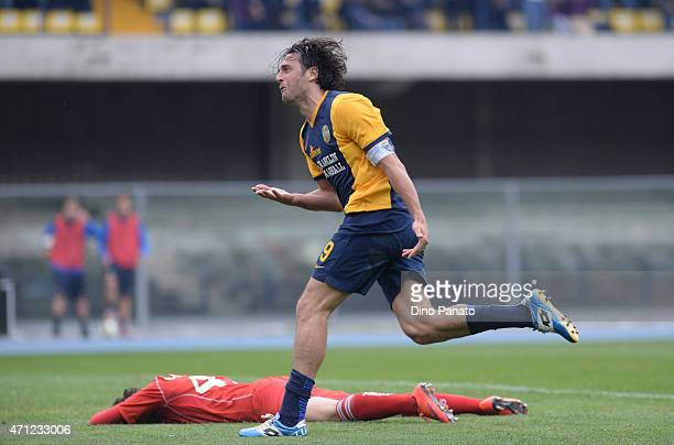 Luca Toni of Hellas Verona celebrates after scoring his team's third goal during the Serie A match between Hellas Verona FC and US Sassuolo Calcio at...