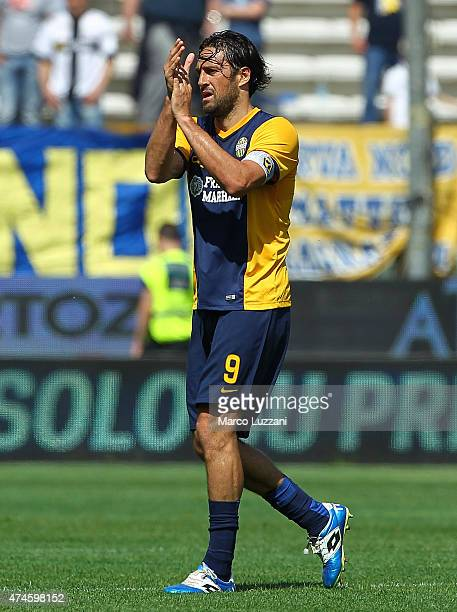 Luca Toni of Hellas Verona FC celebrates his goal during the Serie A match between Parma FC and Hellas Verona FC at Stadio Ennio Tardini on May 24...