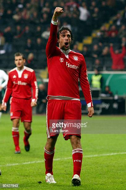 Luca Toni of Muenchen celebrates after scoring his team's fourth goal during the DFB Cup round of 16 match between Eintracht Frankfurt and FC Bayern...