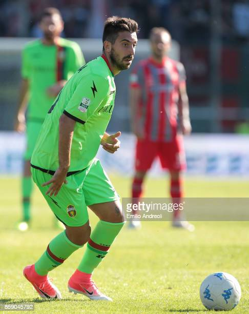 Luca Tremolada of Ternana Calcio in action during the Serie B match between US Cremonese and Ternana Calcio at Stadio Giovanni Zini on October 8 2017...