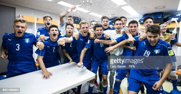 Luca Vido of Italy and his team mates celebrate in the dressing room after winning the FIFA U20 World Cup Korea Republic 2017 Quarter Final match...