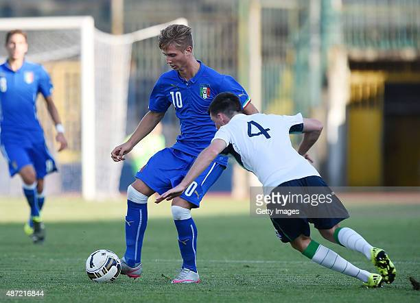 Luca Vido of Italy U19 vies with Republic of Ireland player Danny Kane during the international friendly match between Italy U19 and Republic of...