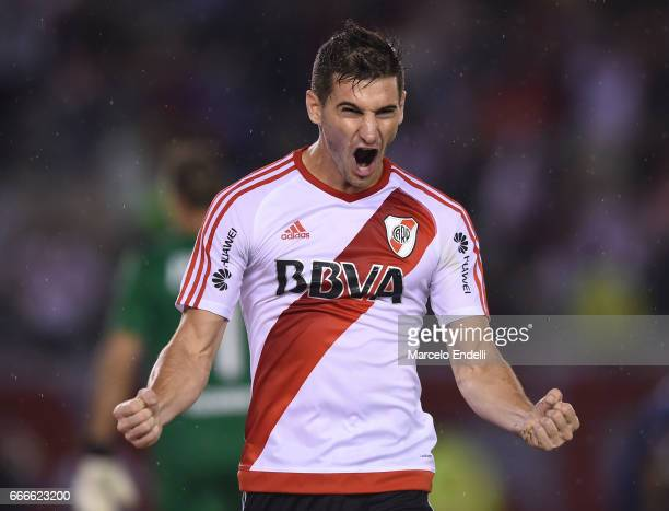 Lucas Alario of River Plate celebrates after scoring the first goal of his team during a match between River Plate and Quilmes as part of Torneo...