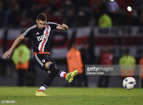 Lucas Alario of River Plate kicks the ball and scores from penalty spot during a match between River Plate and Velez Sarsfield as part of fifth round...