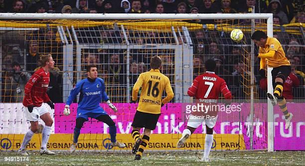 Lucas Barrios of Dortmund scores during the Bundesliga match between Borussia Dortmund and SC Freiburg at Signal Iduna Park on December 19 2009 in...