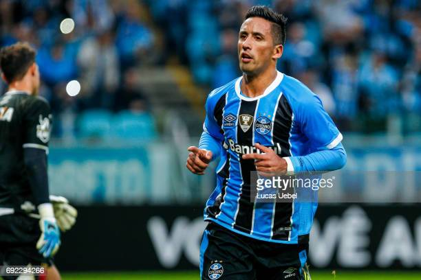 Lucas Barrios of Gremio celebrates their first goal during the match Gremio v Vasco as part of Brasileirao Series A 2017 at Arena do Gremio on June...