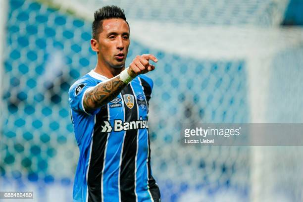 Lucas Barrios of Gremio celebrates their second goal during the match Gremio v Zamora as part of Copa Bridgestone Libertadores 2017 at Arena do...