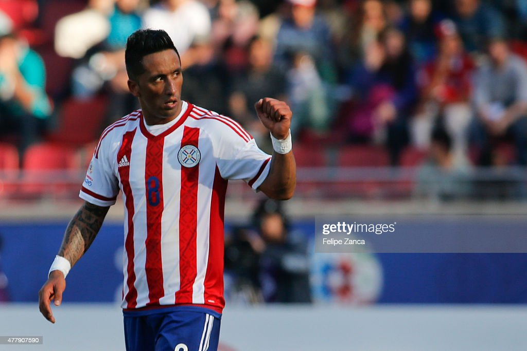 <a gi-track='captionPersonalityLinkClicked' href=/galleries/search?phrase=Lucas+Barrios&family=editorial&specificpeople=4142497 ng-click='$event.stopPropagation()'>Lucas Barrios</a> of Paraguay celebrates after scoring the first goal of his team during the 2015 Copa America Chile Group B match between Uruguay and Paraguay at La Portada Stadium on June 20, 2015 in La Serena, Chile.