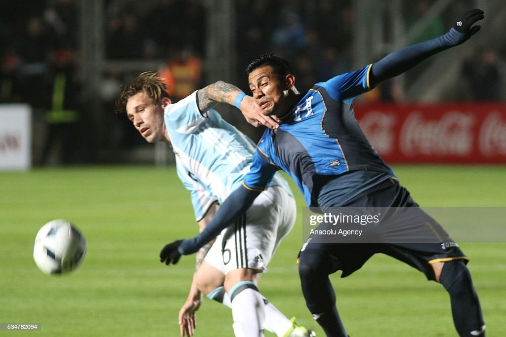 Lucas Biglia of Argentina national football team in action during a friendly game between Argentina and Honduras at Bicentenario stadium in San Juan, Argentina on May 27, 2016.