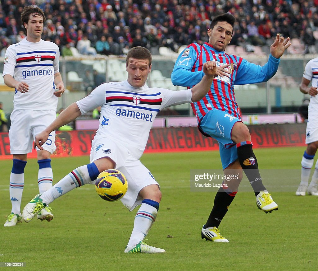 <a gi-track='captionPersonalityLinkClicked' href=/galleries/search?phrase=Lucas+Castro&family=editorial&specificpeople=5806212 ng-click='$event.stopPropagation()'>Lucas Castro</a> (R) of Catania competes for the ball <a gi-track='captionPersonalityLinkClicked' href=/galleries/search?phrase=Shkodran+Mustafi&family=editorial&specificpeople=5006425 ng-click='$event.stopPropagation()'>Shkodran Mustafi</a> of Sampdoria during the Serie A match between Calcio Catania and UC Sampdoria at Stadio Angelo Massimino on December 16, 2012 in Catania, Italy.
