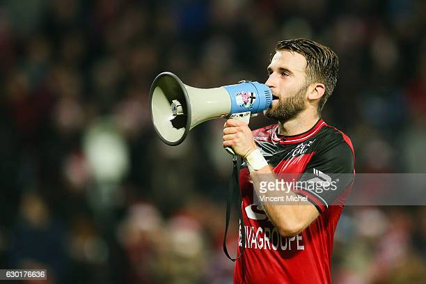 Lucas Deaux of Guingamp during the French Ligue 1 match between Guingamp and Paris Saint Germain at Stade du Roudourou on December 17 2016 in...