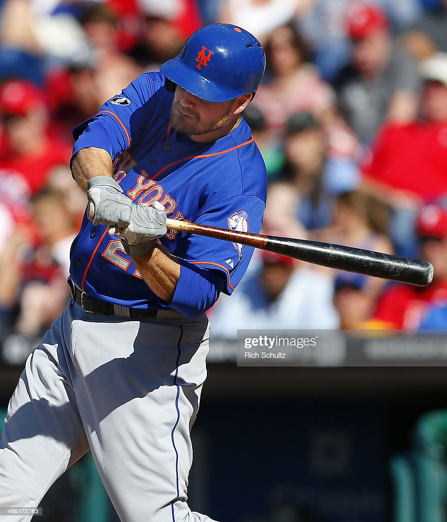 <a gi-track='captionPersonalityLinkClicked' href=/galleries/search?phrase=Lucas+Duda&family=editorial&specificpeople=7172550 ng-click='$event.stopPropagation()'>Lucas Duda</a> #21 of the New York Mets hits a two run home run in the eleventh inning to defeat the Philadelphia Phillies 4-3 in a game at Citizens Bank Park on June 1, 2014 in Philadelphia, Pennsylvania.