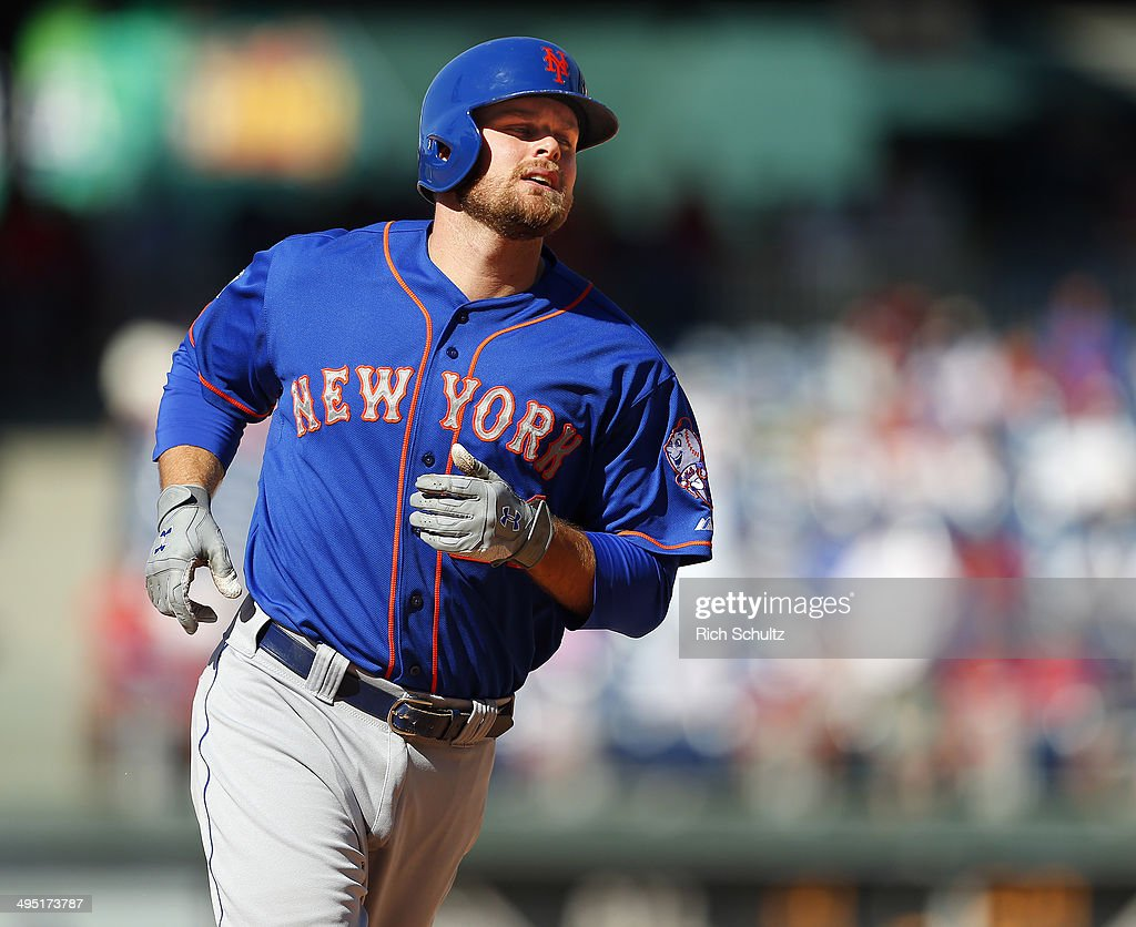 <a gi-track='captionPersonalityLinkClicked' href=/galleries/search?phrase=Lucas+Duda&family=editorial&specificpeople=7172550 ng-click='$event.stopPropagation()'>Lucas Duda</a> #21 of the New York Mets rounds the bases after he hit a two run home run in the eleventh inning to defeat the Philadelphia Phillies 4-3 in a game at Citizens Bank Park on June 1, 2014 in Philadelphia, Pennsylvania.