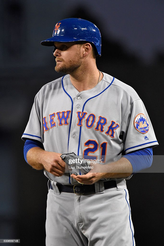 Lucas Duda of the New York Mets waits at first base during the game against the Los Angeles Dodgers at Dodger Stadium on May 9 2016 in Los Angeles...
