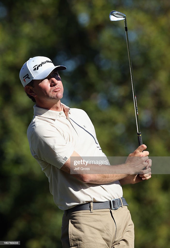 Lucas Glover watches his shot during the second round of the Humana Challenge In Partnership With The Clinton Foundation at La Quinta Country Club on...