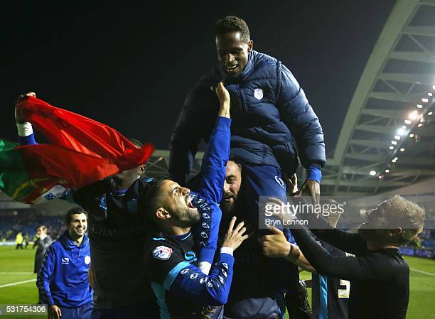Lucas Joao of Sheffield Wednesday celebrates with team mates after the Sky Bet Championship Play Off semi final second leg match between Brighton...