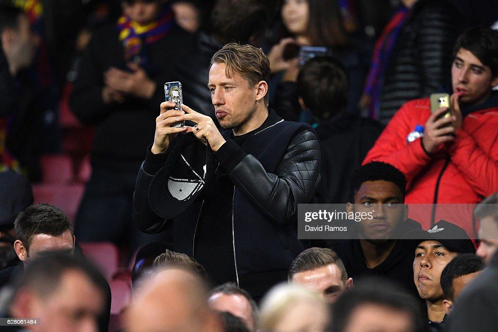FC Barcelona v VfL Borussia Moenchengladbach - UEFA Champions League : News Photo