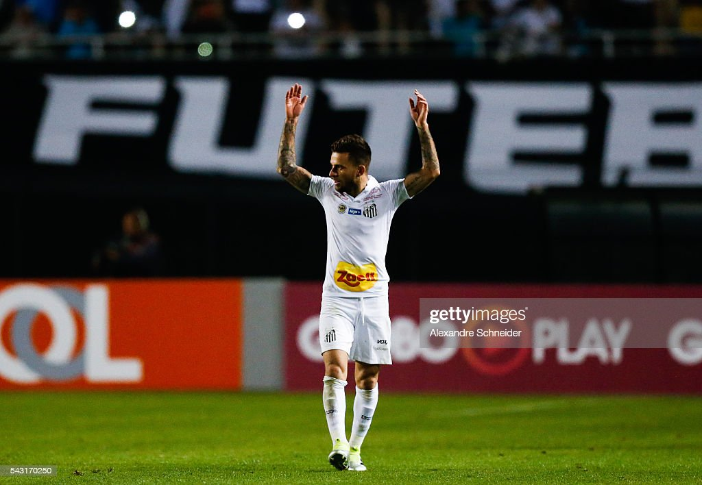<a gi-track='captionPersonalityLinkClicked' href=/galleries/search?phrase=Lucas+Lima+-+Soccer+Player&family=editorial&specificpeople=14984826 ng-click='$event.stopPropagation()'>Lucas Lima</a> of Santos celebrates their thirth goal during the match between Santos and Sao Paulo for the Brazilian Series A 2016 at Pacaembu stadium on June 26, 2016 in Sao Paulo, Brazil.